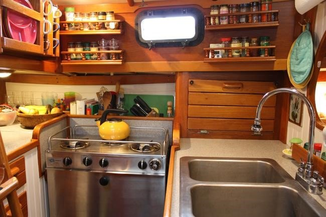 boatsmart galley and saloon